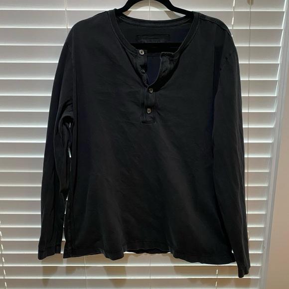 Banana Republic Shirt - Size XL